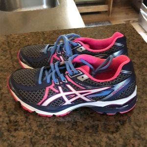 Asics SO5A gel flux 3- navy and pink